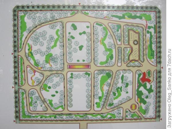 Площадь сквера - немногим более одного гектара