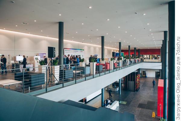 Общий вид выставочного зала