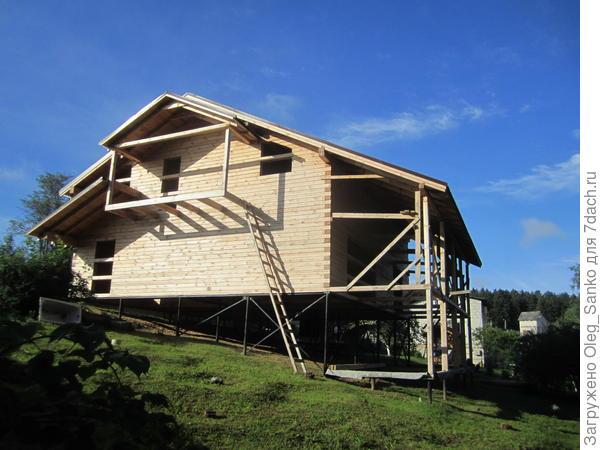 Плоскостной проект реализован на холме