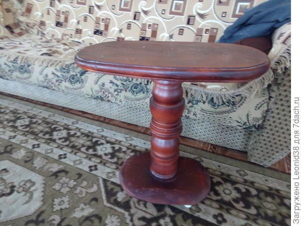 кофейный столик, сделано 3 шт. 2 отдал детям