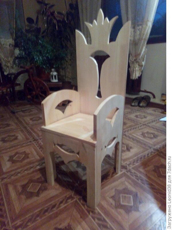 последняя работа, стульчик для внучки
