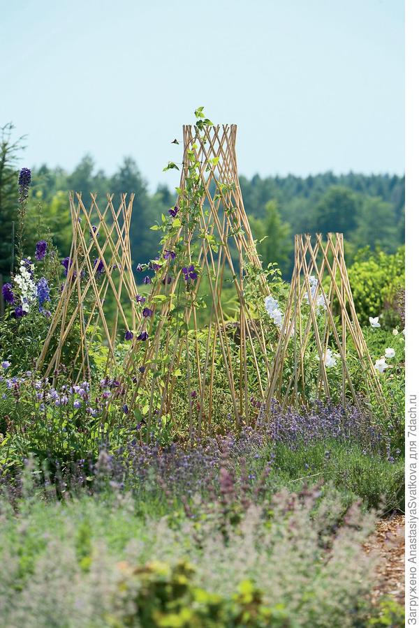 поддержка из бамбука