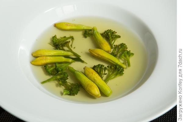 диетический суп из бутонов лилейников -:)