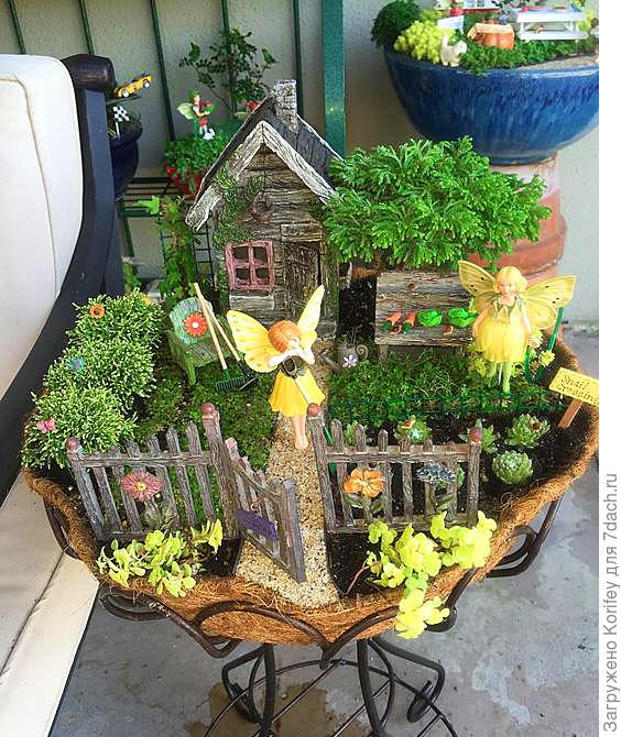 Ещё один миниатюрный садик для себя и детишек