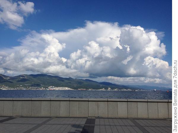 И облака