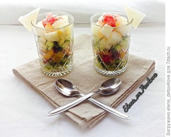 салат с персиками и огурцом