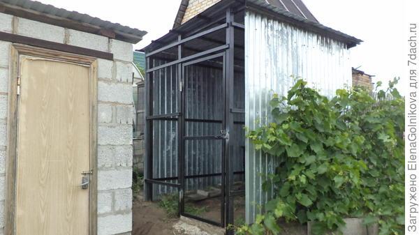 приваренные петли дверные и для замка