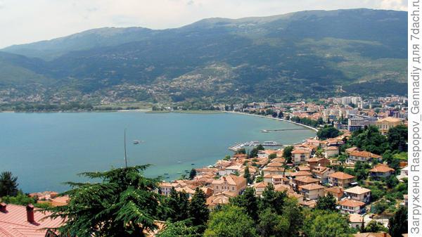 Затем в Македонии город Охрид