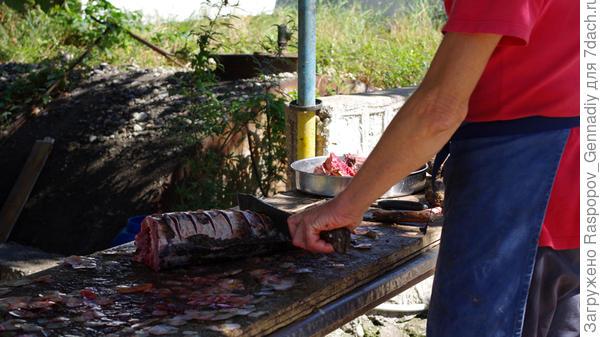 И вот такие шести килограммовые сазаны в местных ресторанах