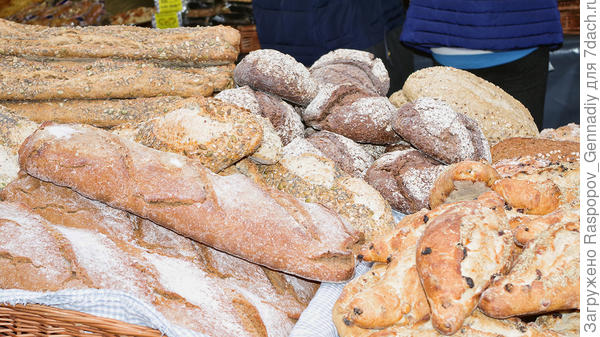 Безумно свежий хрустящий хлеб