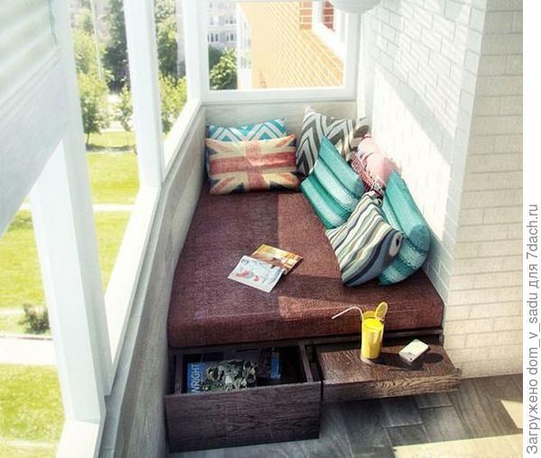Спальня на балконе