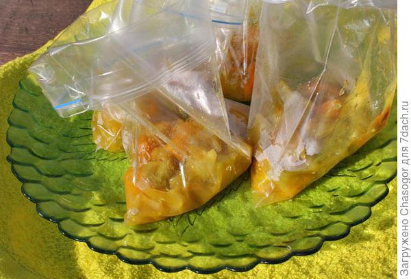 фасую в порционные пакетики