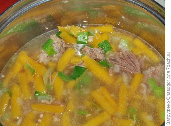 суп из брюквы со свининой