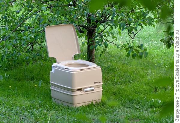 Портативный биотуалет. Фото с сайта greenologia.ru