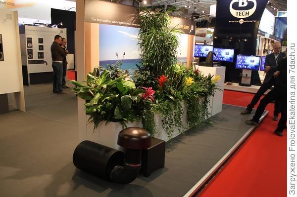 Cистема Sonance Landscape на выставке. Фото с сайта av-online.hu