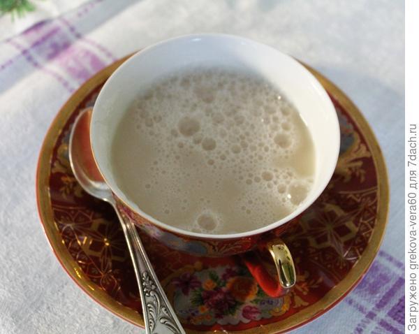 чашка с квасом