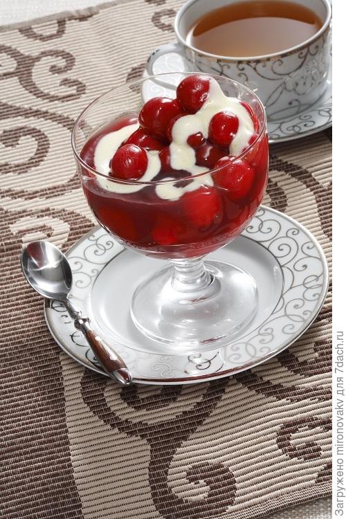 Ванильно-ягодный десерт