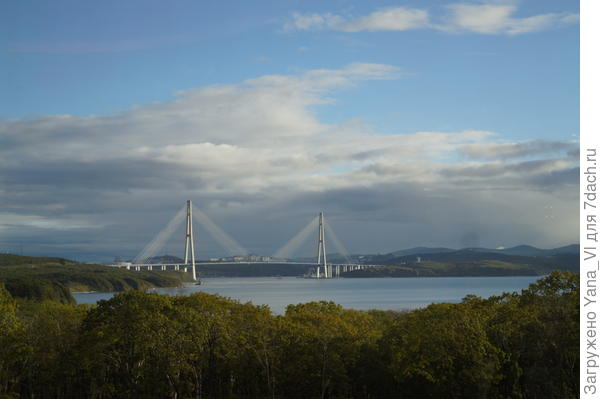 Мост на о.Русский