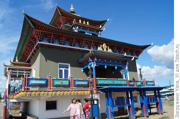 ещё храм