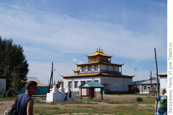 один из храмов