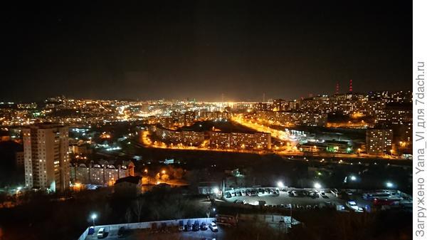 Ночью тоже красиво :)