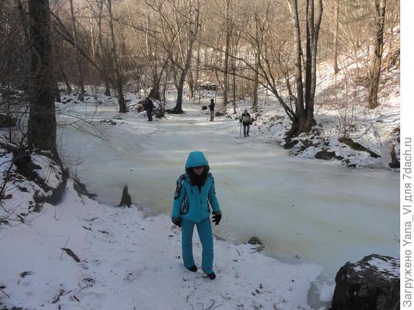 Переходим по льду