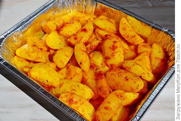 Запеченный молодой картофель с пряными травами - пошаговый рецепт приготовления с фото