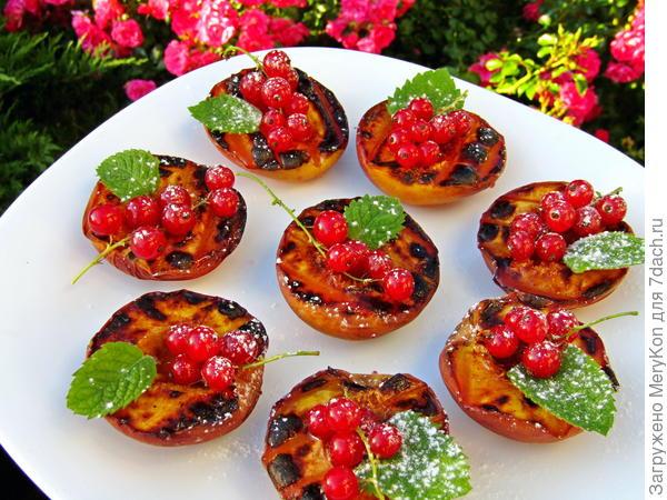 Десерт из нектаринов