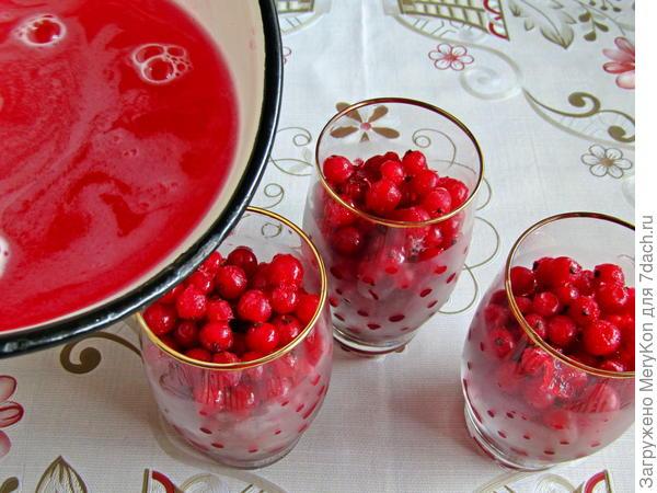 Красная смородина в вишневом желе - пошаговый рецепт с фото