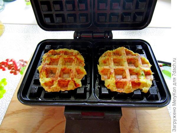 Кабачковые вафли - пошаговый рецепт с фото