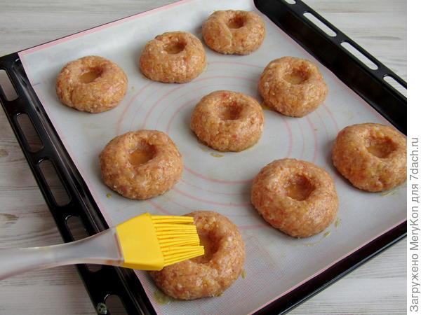 Котлеты с кукурузными хлопьями в духовке. Пошаговый рецепт с фото