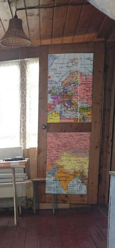дверь с картой макет