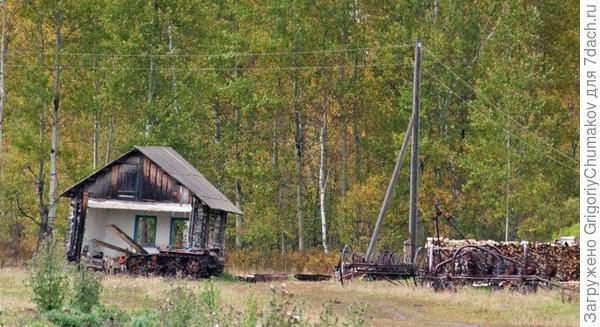 ещё брошенный дом теперь гараж