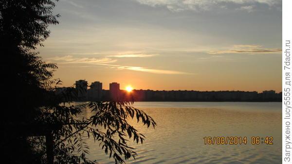 восход Солнца над Озёрском из окна моего садового дома