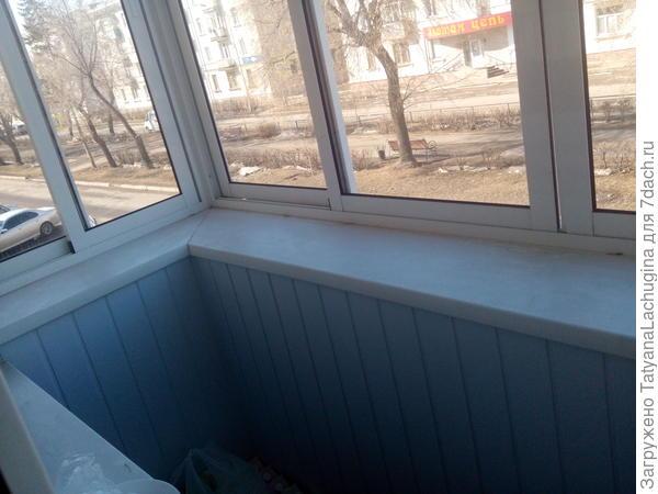 Пока неживой балкон