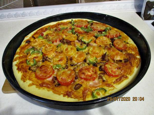 Пицца с лисичками и овощами. Пошаговый рецепт с фото