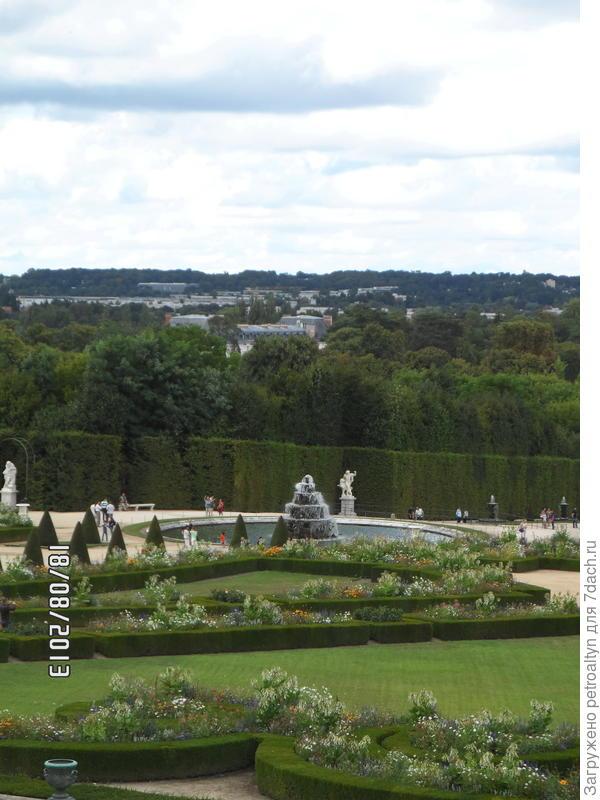 вид на Версальский сад, из дворца, Франция