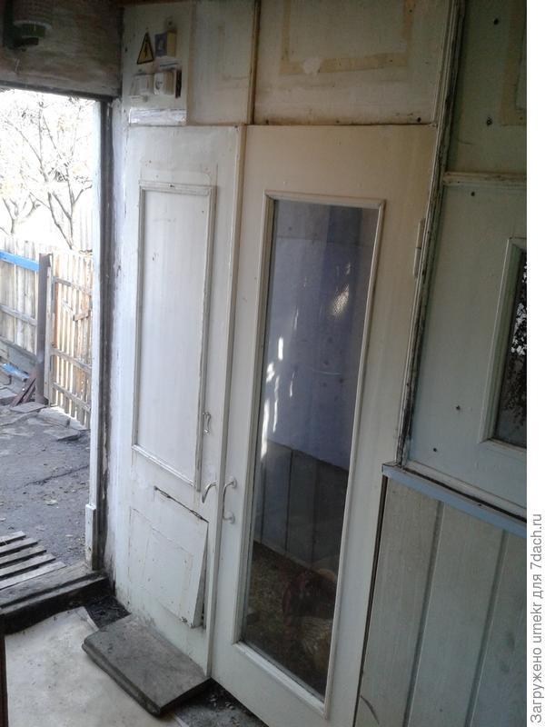 """вход в """"куринное отделение"""""""