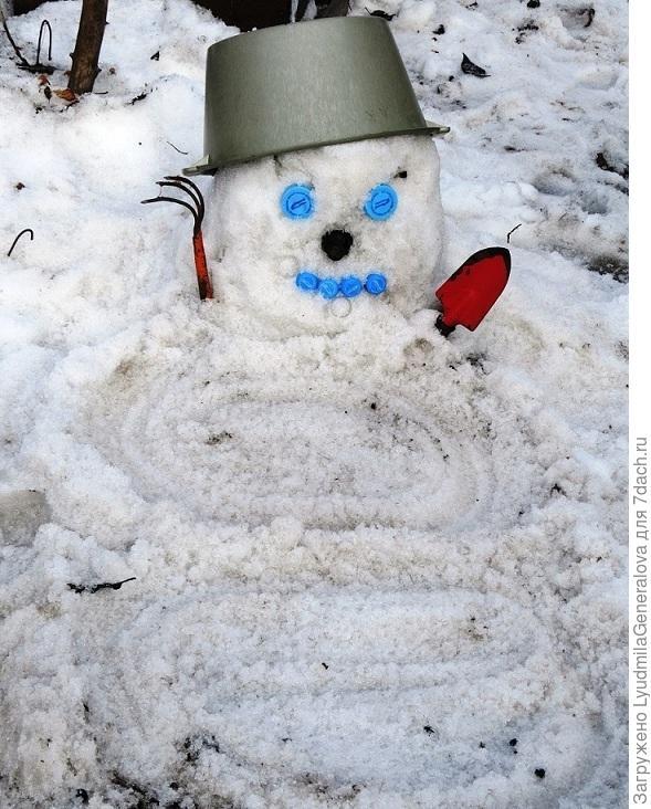Весенний снеговик (дачный тайный советник)