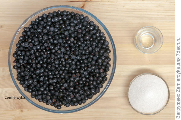 Компот — заготовка для выпечки из черники. Готовится быстро, хранится долго - пошаговый рецепт приготовления с фото