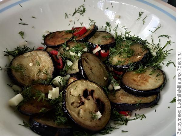 Острая закуска из баклажанов на зиму - пошаговый рецепт приготовления с фото