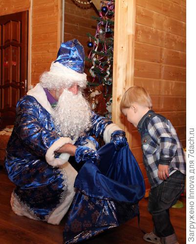Дед Мороз и внук:)