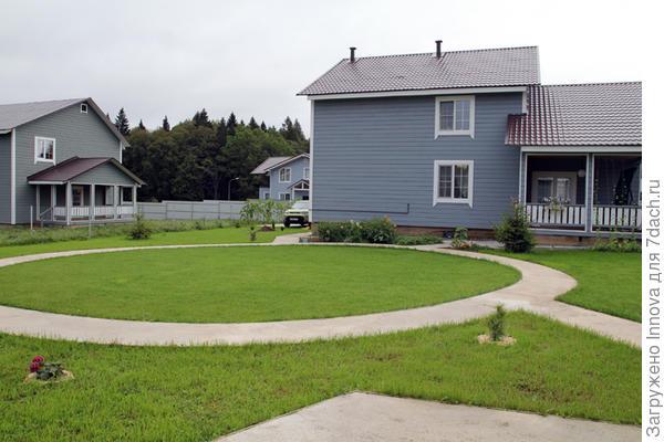 Наш дом и соседские