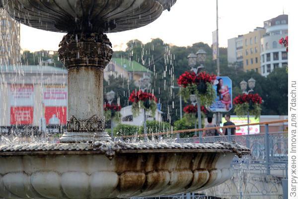 А это мой любимый фонтан в конце Курортного бульвара