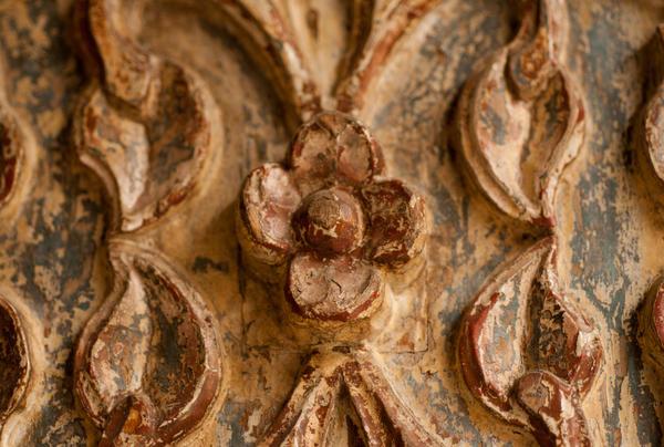 Реставрация {amp}amp;amp;amp;amp;amp;amp;amp;mdash; самый сложный и дорогостоящий вариант восстановления старого дома