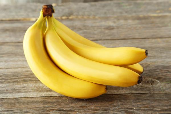 Как сделать себе хорошо бананом 530