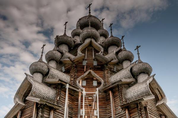 Деревянная церковь Преображения Господня в Кижах