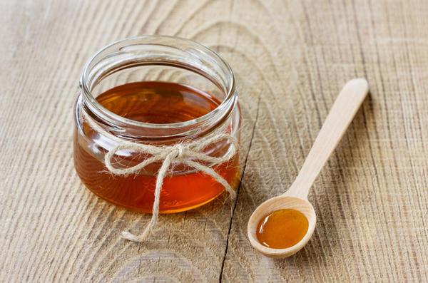 Мед не всем полезен