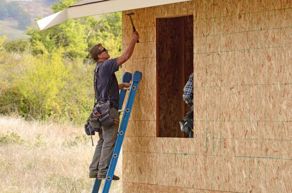 Основанием фасадной плитки HAUBERK служат деревянные поверхности толщиной не менее 9 мм