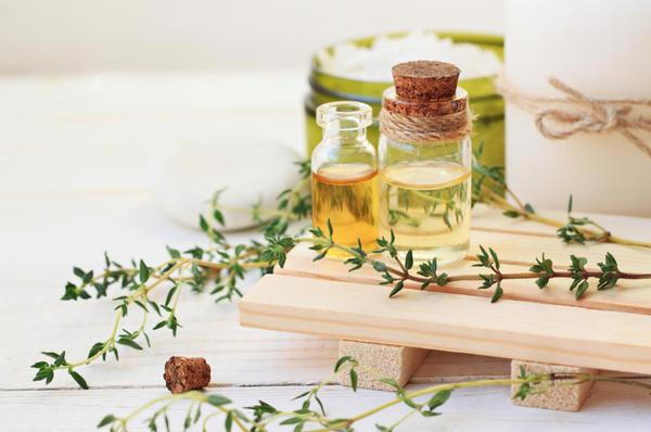 Масло с тимьяном используют и в лечебных, и в косметических целях